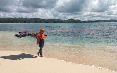 Menikmati Keindahan Pulau Keuh di Aceh Jaya